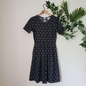 ●LulaRoe Printed Pleated Dress